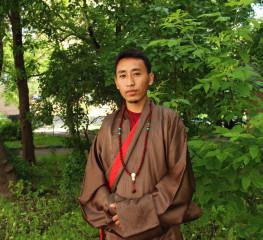 Вопрос эксперту: специалист тибетской медицины Нгаванг Сангье Лама о традиционной диагностике и профилактике