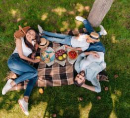 Завтрак на траве: органичные продукты для органических пикников