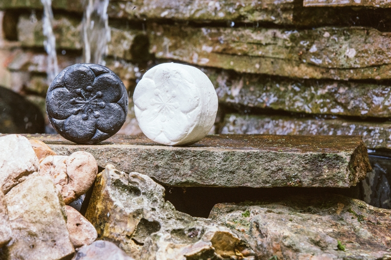 Black-and-white-soaps